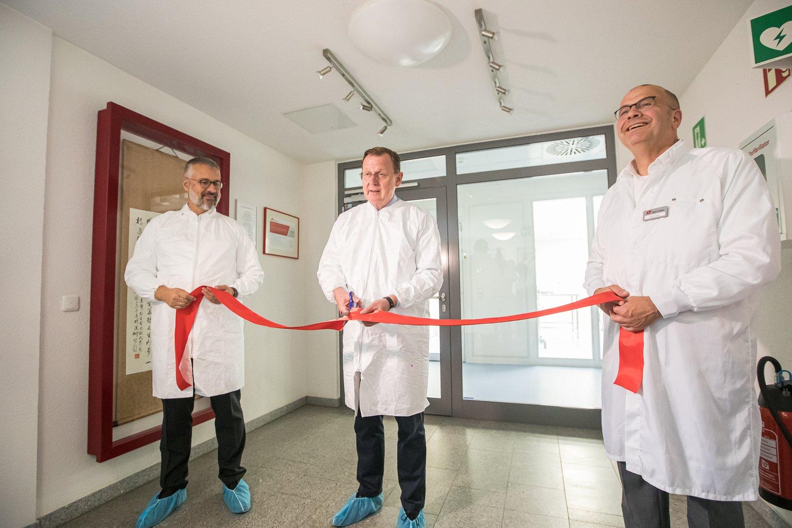 Thuringia Prime Minister Bodo Ramelow inaugurates Allied Vision facility in Stadtroda